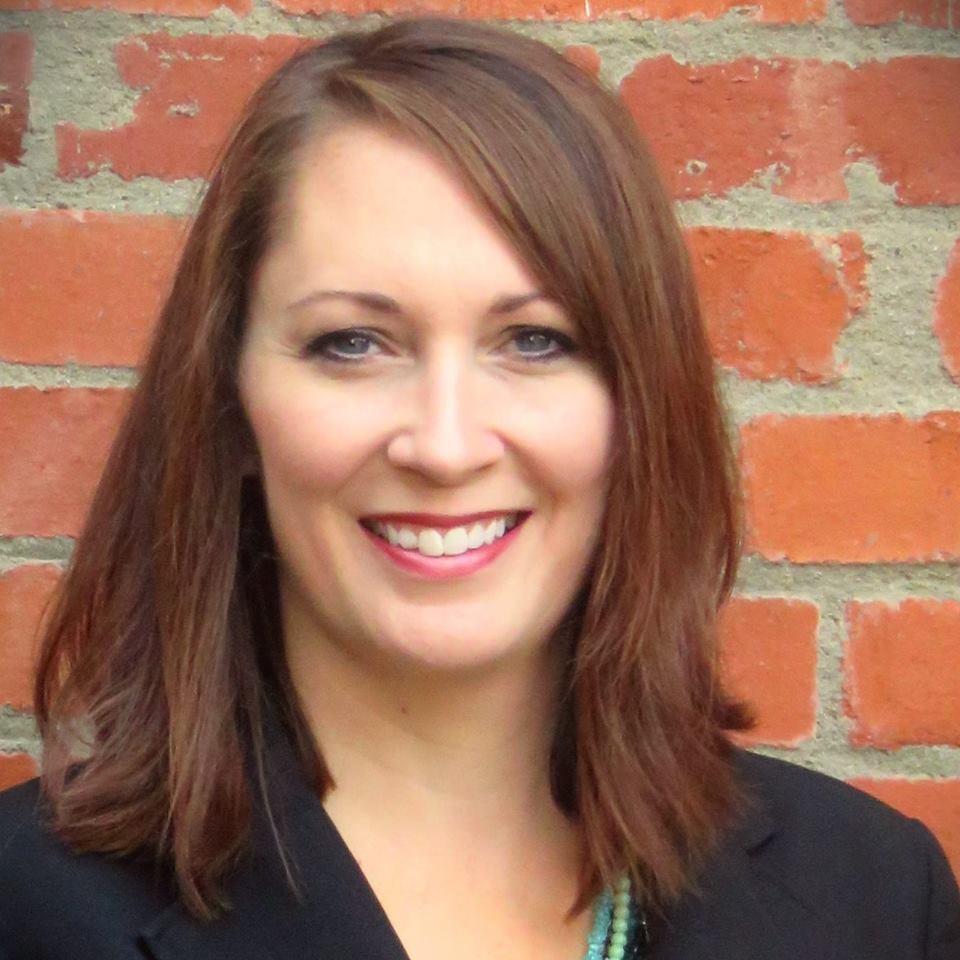 Jennifer Elliott 2.jpg
